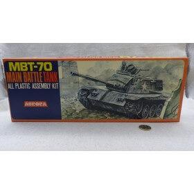 AURORA 318 MAQUETTE MBT-70...