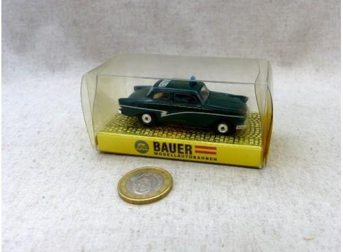 Bauer 4323 voiture de police Ford 17M P2  Polizei Grün