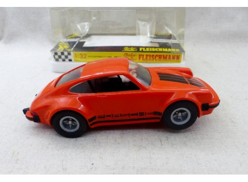 Fleischmann Auto Rallye 3227 Porsche 911 Monte Carlo avec boite